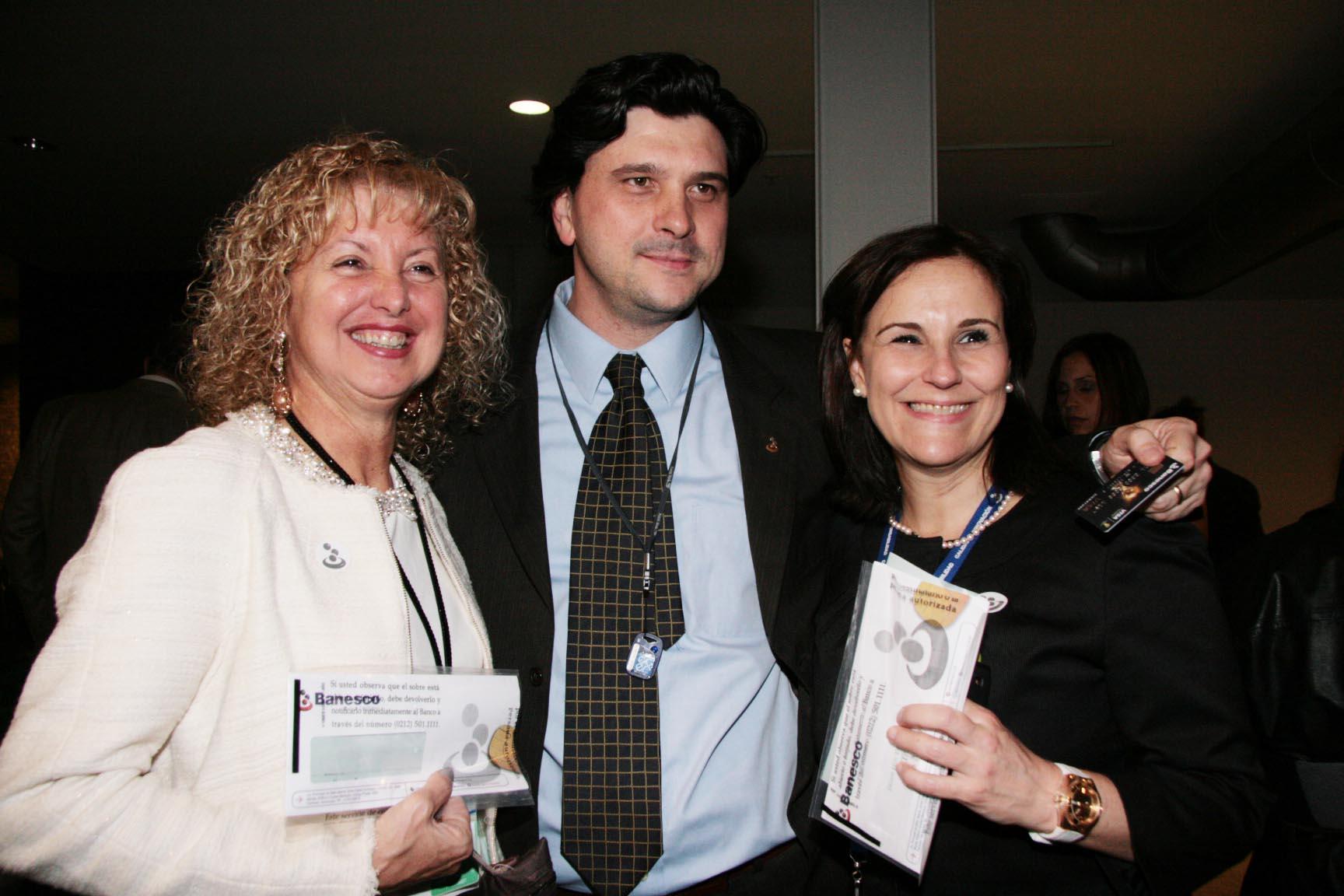 Rosa Savino,Luis Miguel Bevilacqua y  Paola Boccia