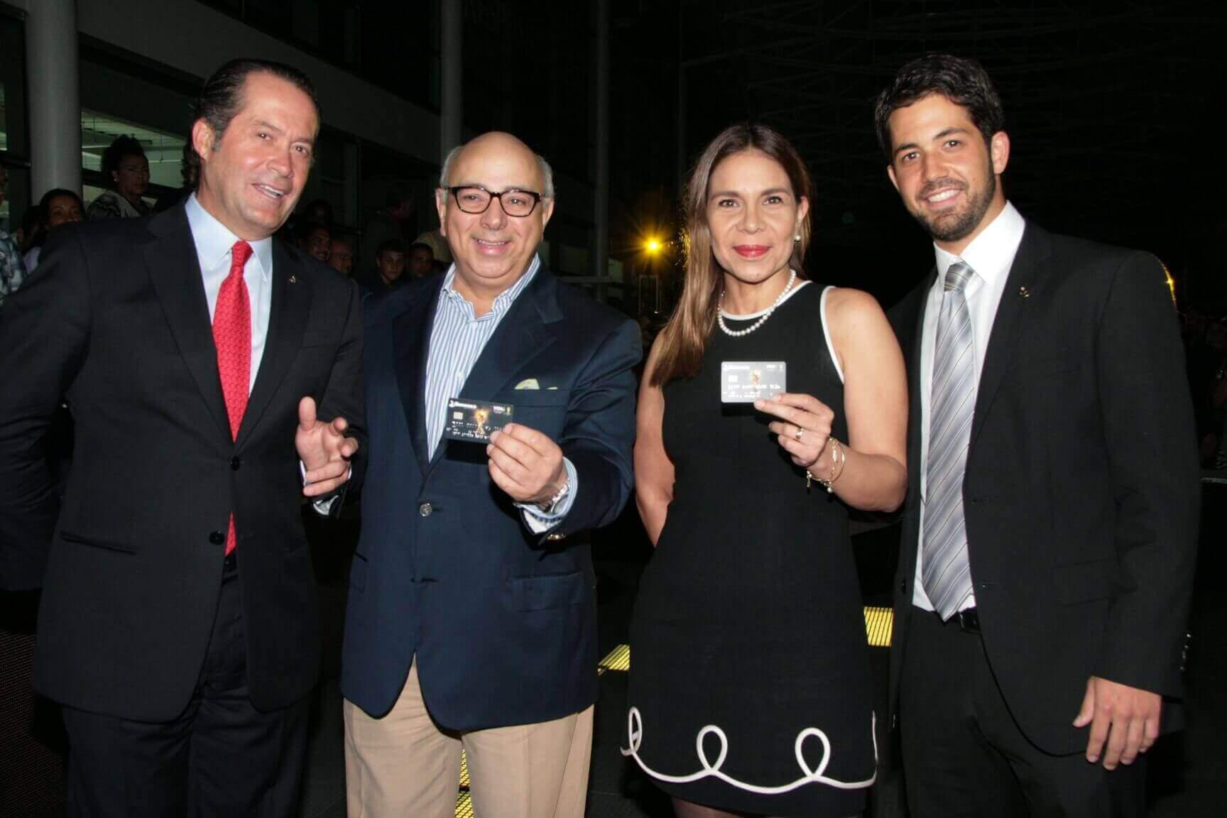 Juan Carlos Escotet, César Miguel Rondón, Mari Montes y Carlos Eduardo Escotet Alviarez