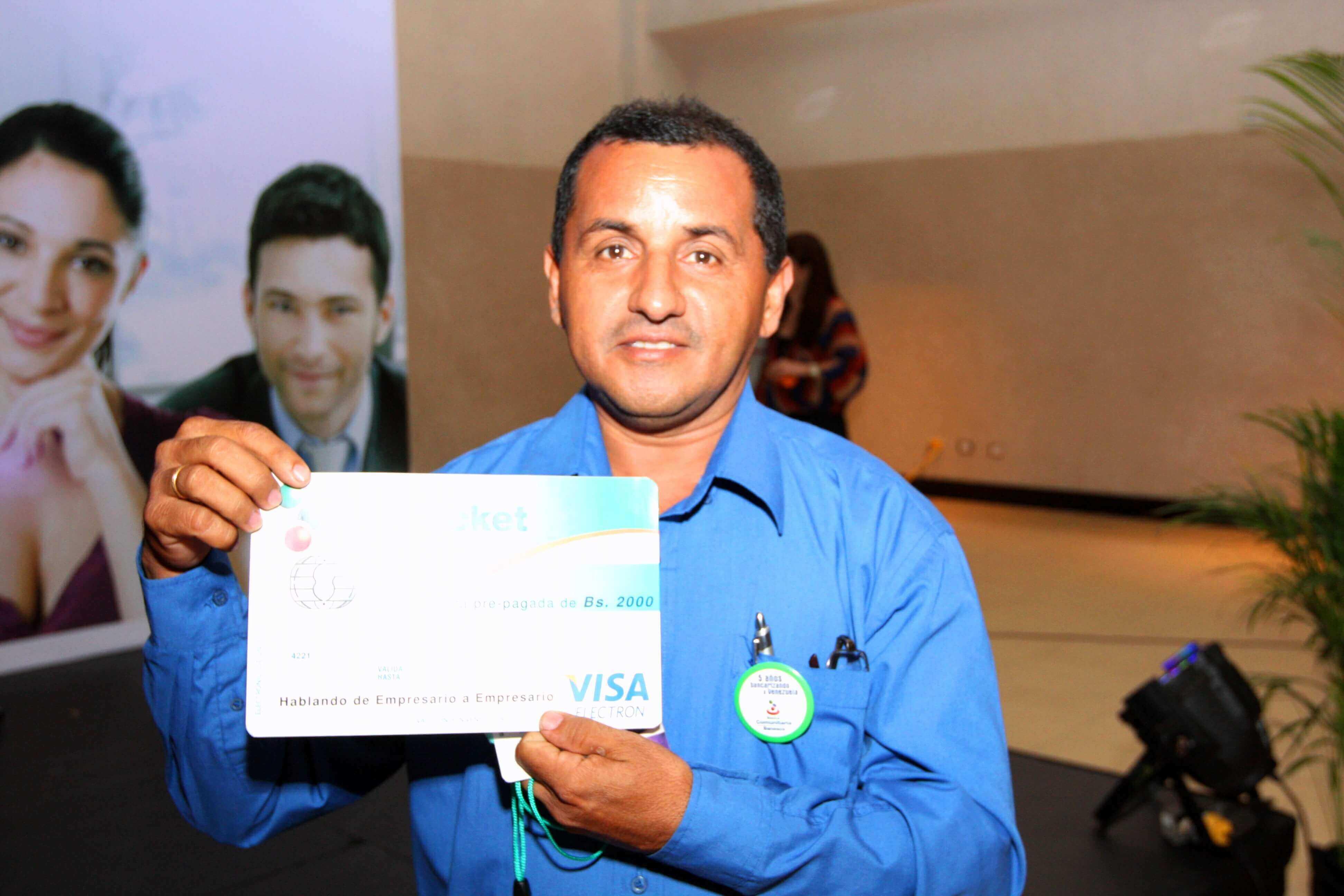 Durante la actividad se realizaron sorteos de tarjetas TodoTicket y equipos electrónicos para los participantes