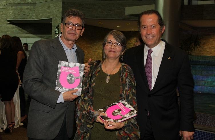 Francisco Olivares, Elvia Gómez y Juan Carlos Escotet